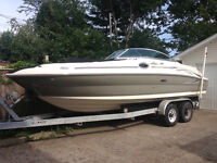 Sea Ray Sundeck 240, 26ft DECK BOAT BREAND NEW 5.7 MERC, MAG