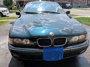 1998 BMW 528i ( Only 135000 KM )