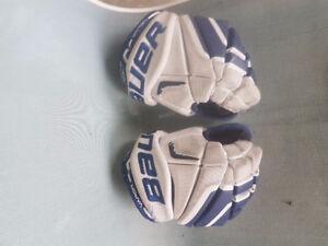 jr. hockey gloves
