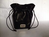 D&G gift pouch
