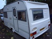 Caravan avondale 1998 with complete awning