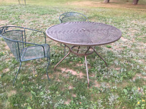 Super Sturdy Metal Table & Chairs