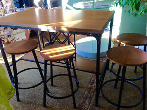 Pub Style Dining Table with Wine Rack Base. Kingston Kingston Area image 4