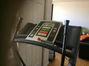 Weslo Crosswalk 5.0t Treadmill for sale