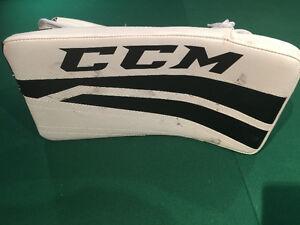 Mens Goalie  - Gloves, Armor and Skates - Used Once