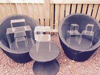 ACRYLIC TABLES / DISPLAYS..