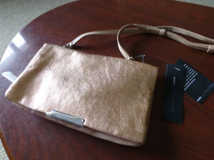 NWT MARC by Marc Jacobs Raveheart Metallic Clutch $150.00 obo