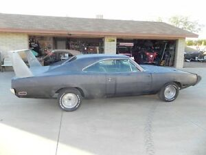 1970 charger 500 383 go mango  pluss many more mopars!!!!!!!!!