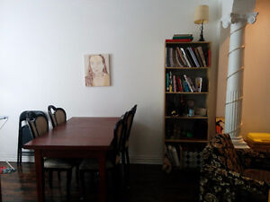 One room for rent in 3 bdr apartment Sept