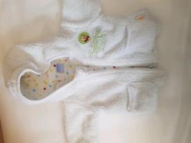 Newborn baby clothes bundle newborn 0-3 months neutral/unisex