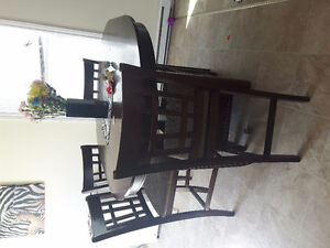 Pub 6 chair with leaf table set