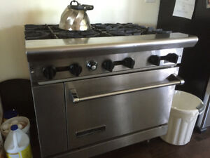 Industrial Gas 6 burner stove/oven