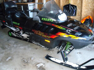 Snowmobile 2001 Artic Cat Triple Touring 2 up