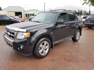*2011 FORD ESCAPE LIMITED 4X4, 6 MONTH WARRANTY AND INSPECTION *