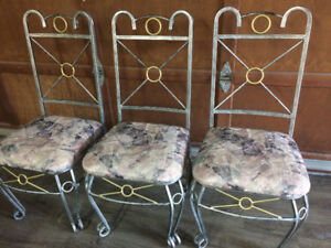 3 Silver metal Chairs & Table