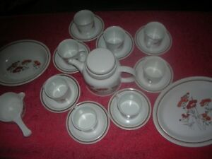 Royal Doulton Stoneware -Tea/Coffee Pot, Gravy Boat, Platter etc