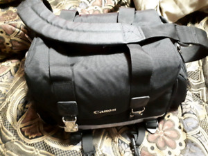 Canon Camera bag 20.00