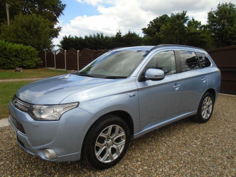 HUGE SPEC 2015 15 Mitsubishi Outlander 2 0 4X4 PHEV HYBRID Auto GX4hS NOT  GX4H ! | in Beccles, Suffolk | Gumtree