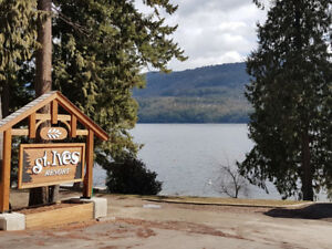 SHUSWAP LAKEFRONT RESORT - Summer weeks - Pet friendly