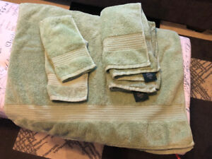 Green Towels and Facecloths