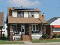 Upper Duplex, 2+ Bedrooms, Renovated Very Clean - Great Location