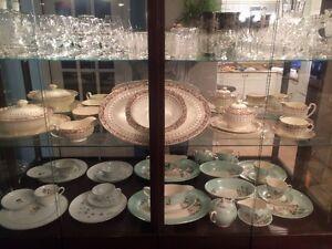 Ensemble de vaisselle antique West Island Greater Montréal image 10