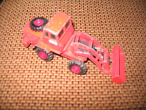MATCHBOX - K3 - TRACTOR SHOVEL LOADER - ORANGE