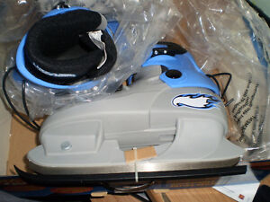 **BRAND NEW** NEVER WORN HOTWHEELS Adjustable Ice Skates Prince George British Columbia image 4
