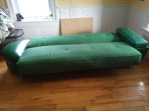 Retro sleeper couch and chair Belleville Belleville Area image 2