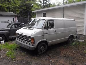 1992 Dodge Ram Van Minivan, Van