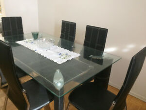 Moving Sale!!!!  Beautiful Dining Table Set