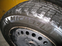4 winter tires/rims (Pneus d'hiver) 205/65/15 Michelin X-ICE