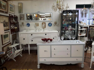 ANTIQUE SIDEBOARD DRESSER GLASS  CHANDELIER