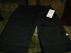 lululemon CLAM DIGGERS  new
