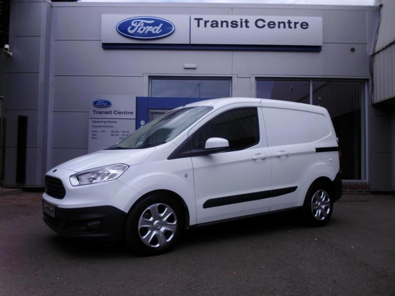 new ford transit courier 1 6tdci 95ps trend white a c alloys onsite in hinckley. Black Bedroom Furniture Sets. Home Design Ideas