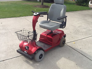 FOR RENT  MOBILITY SCOOTERS  $  100 p/M. AND POWER CHAIRS London Ontario image 6