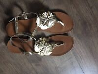 Gold Leather sandals size 8