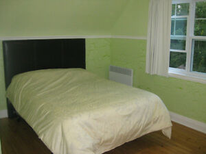 Gatineau Park Fully Furnished Whole House 6 Queen Beds $4k/month Gatineau Ottawa / Gatineau Area image 6