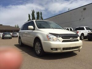 Kia Sedona EX   $4495 loaded with leather sunroof lux SALE