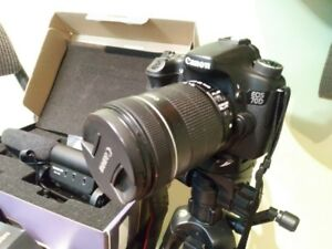 CANON EOS 70D WITH 50MM LENS KIT