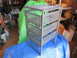FILE RACK AND FILE TRAY (METAL)
