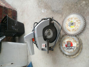 BLACK N DECKER  7 1/4 CIRCULAR SAW
