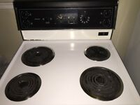 Electric Stove - Excellent condition