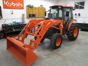Wow o hrs on loader and tires, only 500 on tractor