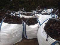 Decorative bark!!!topsoil!!! Turf!! Best prices here !!!bulk bags!!suppliers....£1.95sqmtr