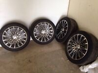 4 Mags RTX 17 (5x112) + 225 45 R17