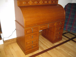 ROLL TOP DESK 55 Long x 26 Deep, with all locking draws