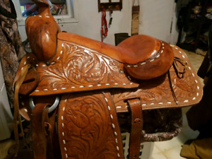 Western equitation saddle