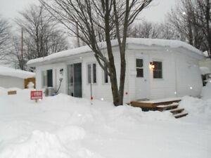 Maison-chalet à vendre Camping lac Morin, N-Dame-du-Mont-Carmel