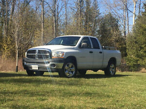 2007 Dodge Power Ram 1500 Pickup Truck 4X4 Quad cab
